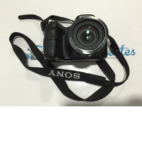 CAMARA DE FOTOS DIGITAL SONY DSC-H200 20.1MP NEGRA CON TARA - USADA
