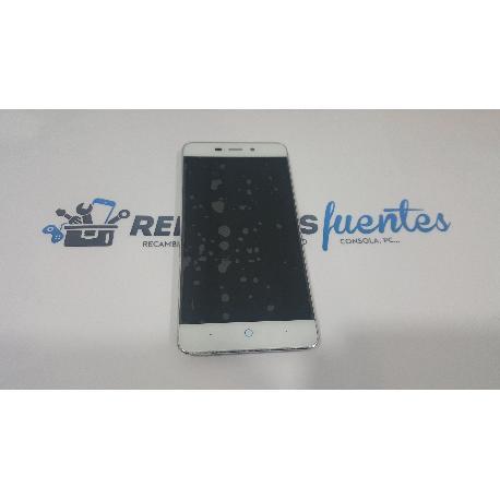 PANTALLA LCD DISPLAY + TACTIL CON MARCO ZTE BLADE A452 BLANCA - RECUPERADA