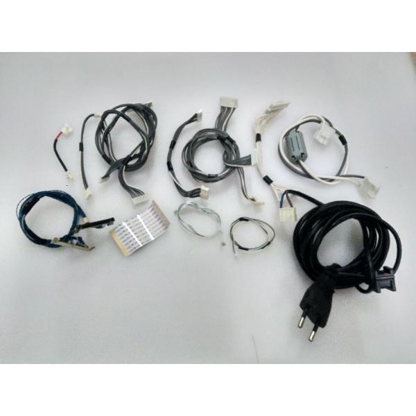 SET DE CABLES ORIGINAL PARA TV TOSHIBA 32AV535D - RECUPERADO
