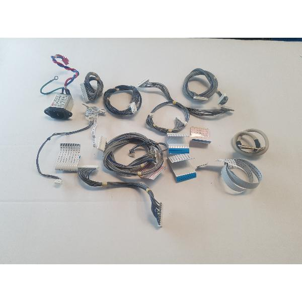 SET DE CABLE + ENTRADA DE CORRIENTE PARA TV 32LC2DB - RECUPERADOS